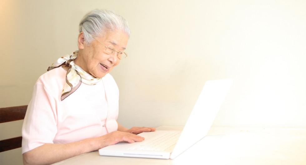 Fler och fler äldre hittar till Facebook.