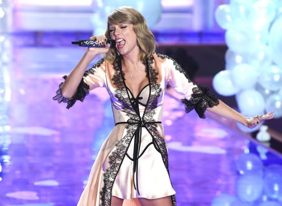 Taylor Swift har uppträtt på VS show flera gånger.